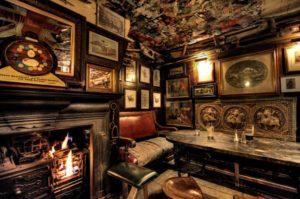 ambiance d'un pub londonien