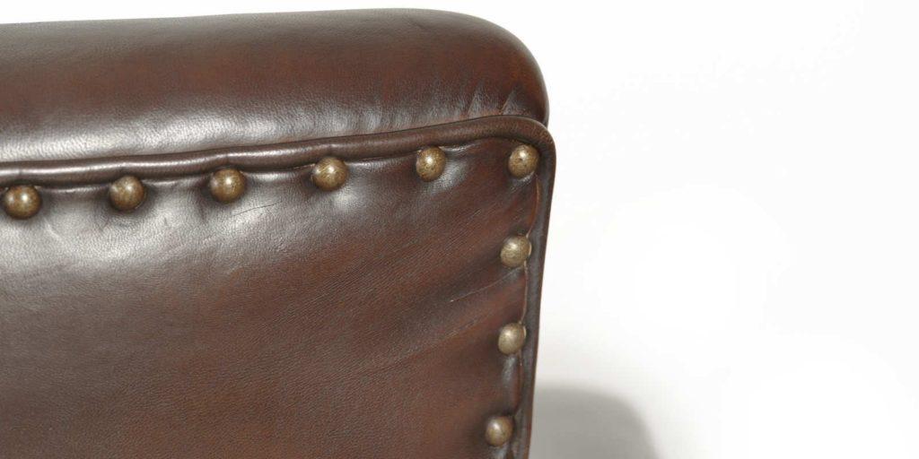 Belle Epoque, canapé 3 places, cuir chocolat, détail