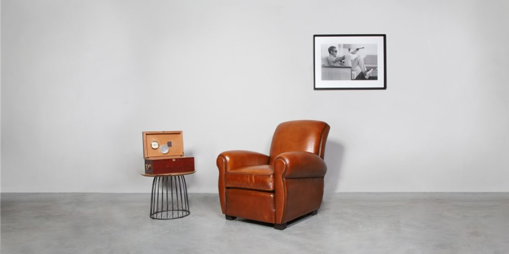 Lindbergh 1927, fauteuil club, cuir cognac, face